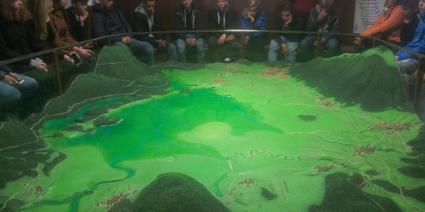Model that shows how the water disappears (and appears)