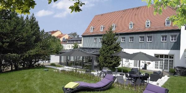 Wintergarten mit Liegewiese