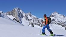 Transalpine tours with skies - from Garmisch-Partenkirchen to Meran
