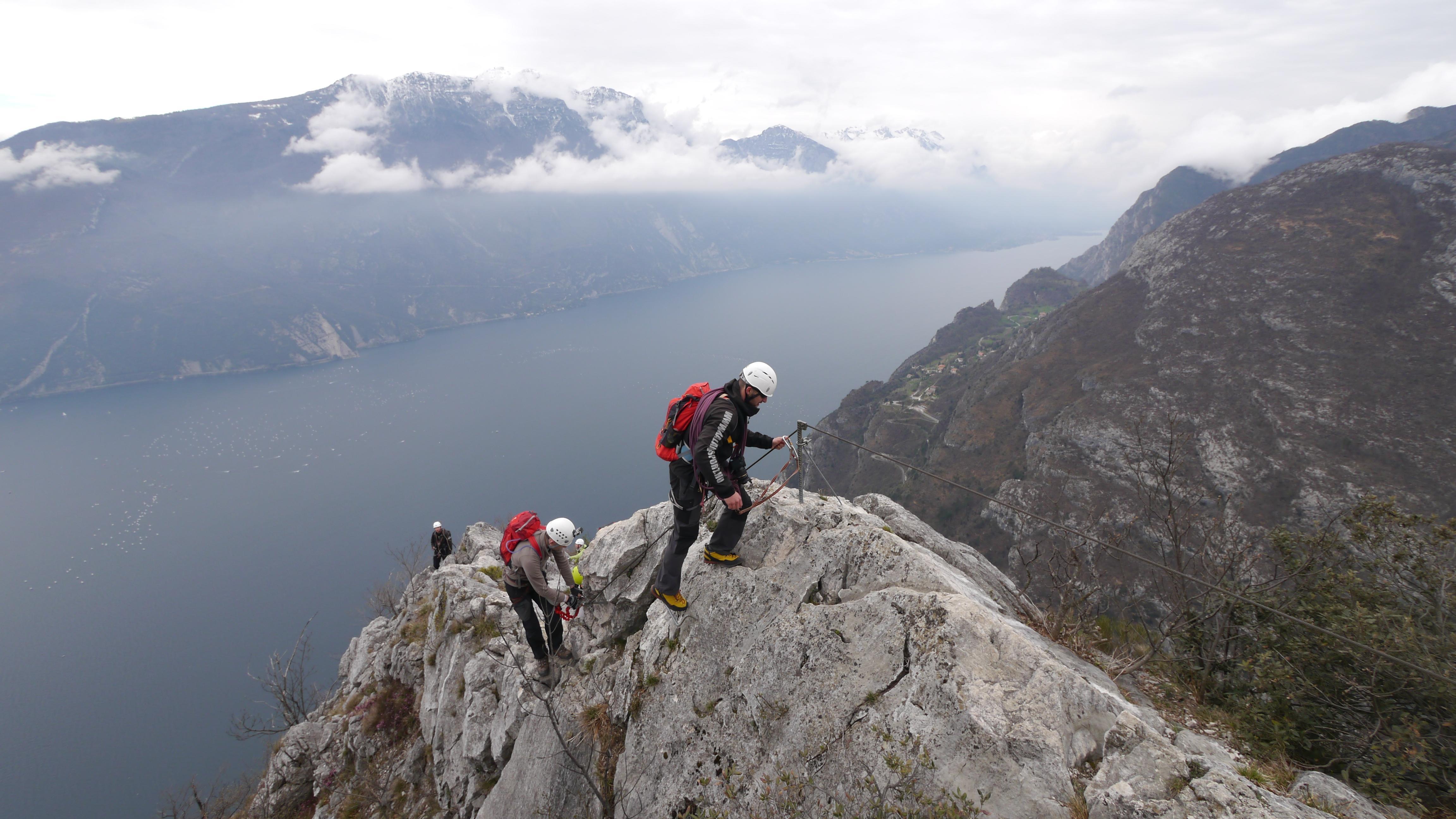 Klettersteige Gardasee : Die schönsten klettersteige am gardasee