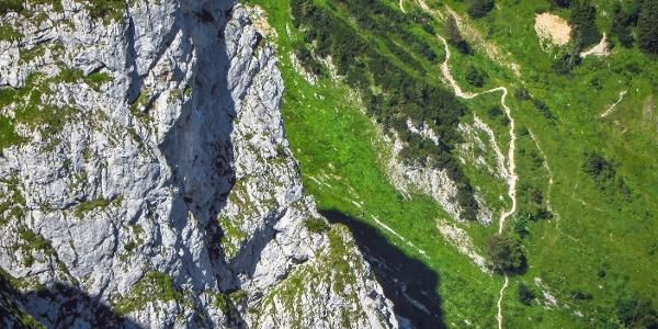 Nordwand und Aufstiegsweg von der Tutzinger Hütte