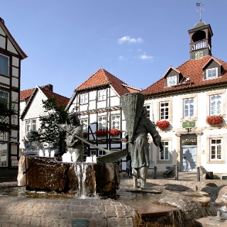 Söltjerbrunnen vorm Rathaus