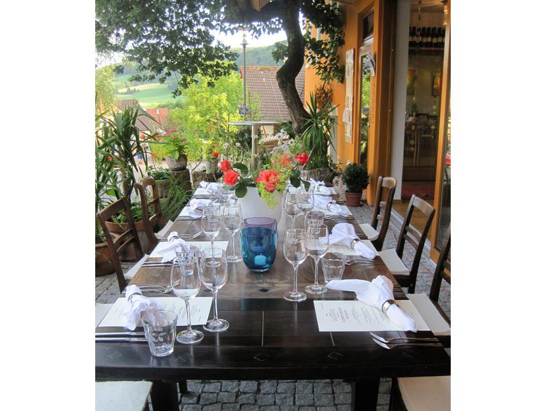 Schön gedeckter Tisch  - @ Autor: Beate Philipp  - © Quelle: rotermohn das restaurant