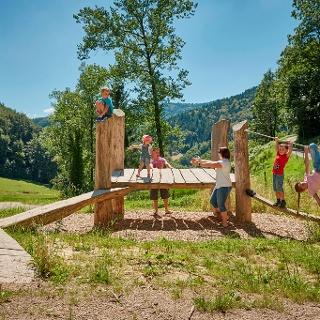 LEPO- Erlebnisbereich Holz