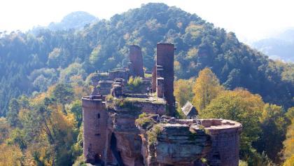 Burgenmassiv Alt-Dahn im Dahner Felsenland