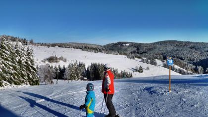 Skifahren im Postwiesen-Skidorf Neuastenberg