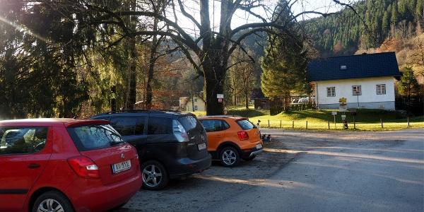 Parkplatz Brunnetal 550m