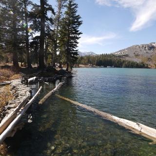 Am Südufer des Gilmore Lake