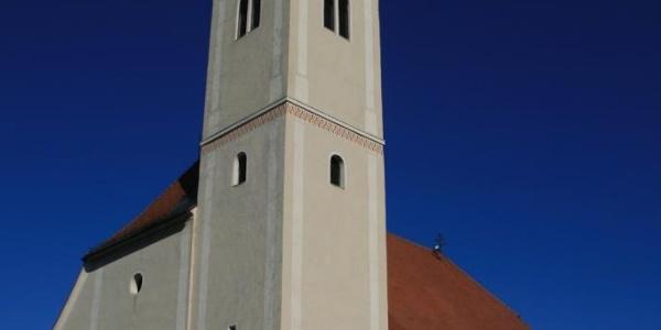 """Pfarrkirche von Eibiswald; Patrozinium """"Maria in den Dornen"""""""