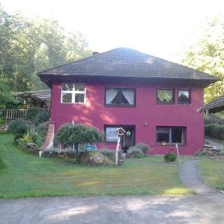 Haus am Saufelsen im Sommer