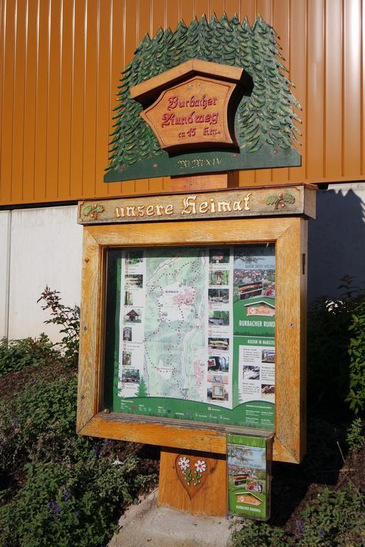 "Burbacher Rundweg ""Natur trifft Holzkunst"""
