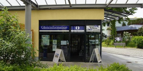 Eingang Gästeinformation