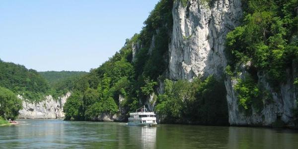 Schifffahrt durch den Donaudurchbruch in der Weltenburger Enge