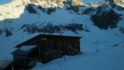 Das Winterlager der Memminger Hütte