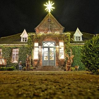 Villa von Issendorf zur Weihnachtszeit
