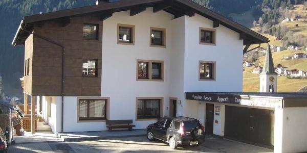 Haus Ganeu