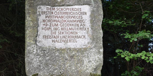 Gedenkstein Nordwaldkammweg bei St. Peter