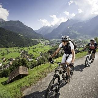 Bike-Tour Urner Unterland: Schöne Aussichten über das Reusstal!