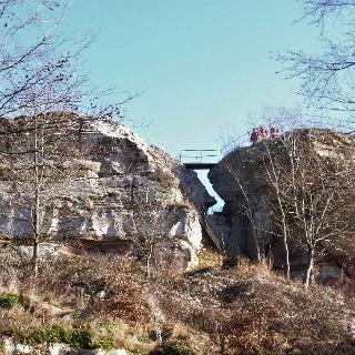 Blick auf Ruine Löwenstein