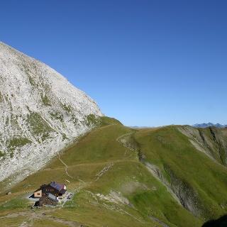 Vom Kaiserjochhaus zum ersten Joch zwischen Grießkopf und Malatschkopf