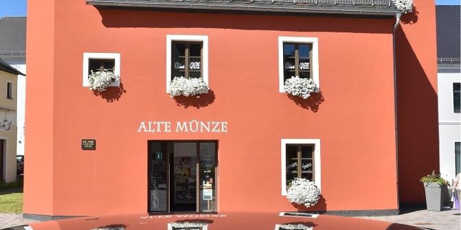 Stadtinformation Alte Münze Tourist Information Outdooractivecom
