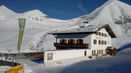 Meranerhütte Winter