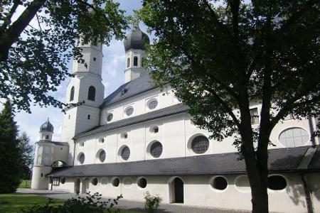 Wallfahrtskirche und Museum Weihenlinden