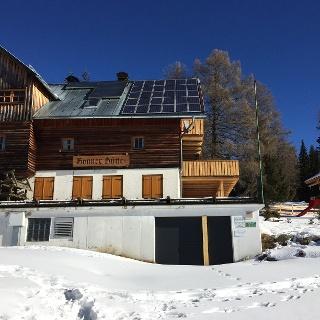 Neue Bonner-Hütte im Winter