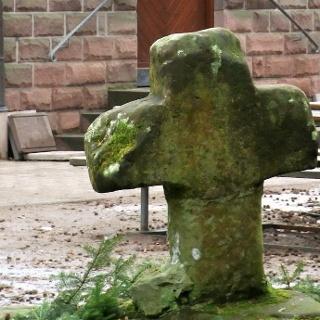 Das Lambertskreuz, das älteste erhaltene Steinkreuz in der Pfalz