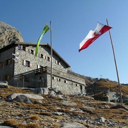 Hochfeilerhütte 2710 m