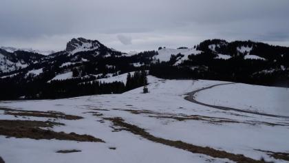 "0900 kurz vor dem Satteleggpass das Bergpanorama geniessend  | 47°07'56.1""N 8°50'48.3""E"