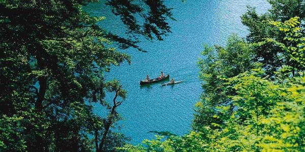Kanuten auf dem Schmalen Luzin in der Feldberger Seenlandschaft