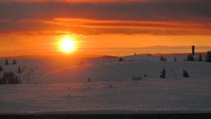 Sonnenaufgang an der Feldberg Wetterwarte