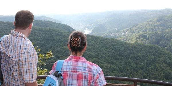 Blick vom Aussichtspunkt Wakelei ins Moseltal