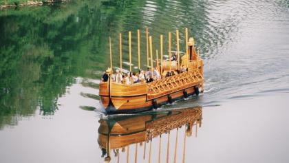 Urlaub an der Mosel: im Römerschiff
