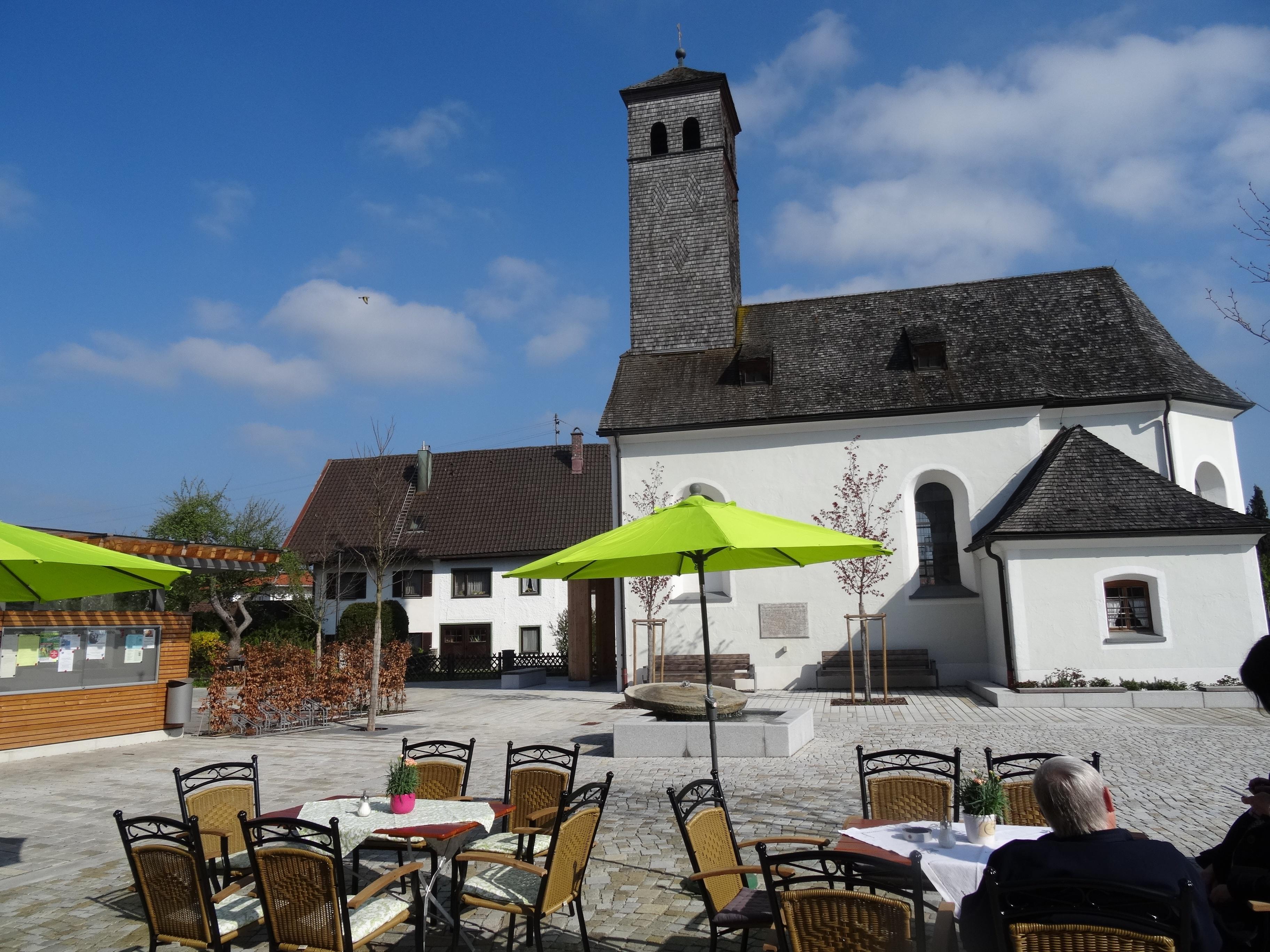 Dorfplatz Mietenkam