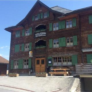 Hotel Péz Terri, Vrin - Ansicht Sommer