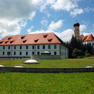 Schloss und Kirche St. Martin in Marktoberdorf