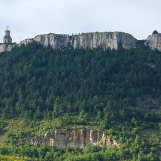 Piedestal (Riviere sur Tarn)