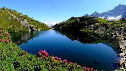 Lake Denza and Presanella hanging glacier