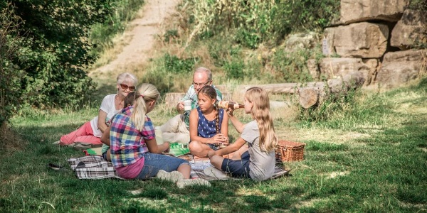 Picknick am HöhlenHaus