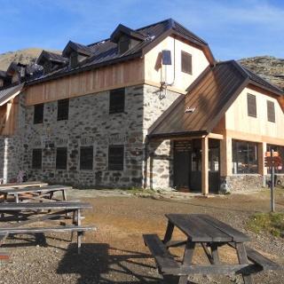 Rifugio Stella Alpina at Lago Corvo alpine hut