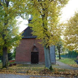 Kirche von Fürstenhagen (am Biergarten vom Gasthof firlefanz)
