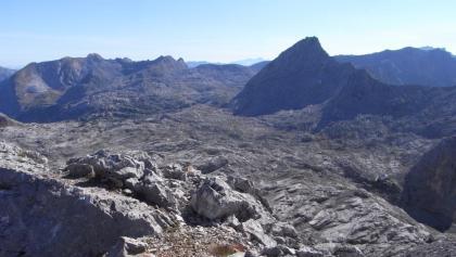 Plateau des Steinernen Meeres mit der mächtigen Schönfeldspitze (03.09.2011)