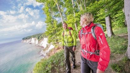 Urlaub im Schritttempo. In Mecklenburg-Vorpommern führen alle Wege schnell weit weg und direkt ins Mark der Natur.