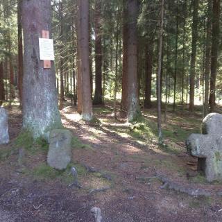 Abstecher Handsteine: Hier trafen sich die Landgrafschft Leuchtenberg, das Amt Tännesberg und die Herrschaft Waldau