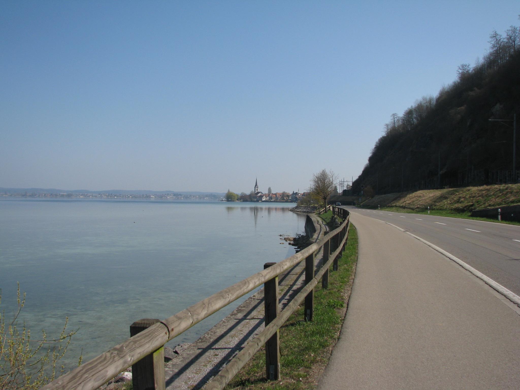 Radweg nach Berlingen