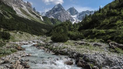 Wanderung zur Gschnitzter Tribulaunhütte, Sandestal Gschnitz