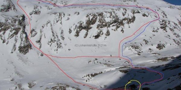 Start Johannishütte. Der blauen Linie bergauf folgen