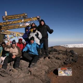 Das Ziel des 24 Stunden Projektes. Der Gipfel des 5.895m, hohen Kilimanjaro.